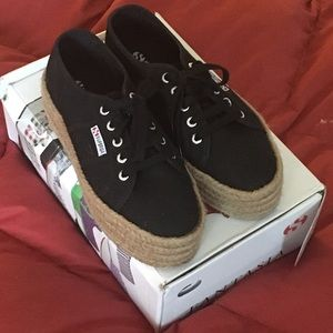 SuperGA sneakers size 7